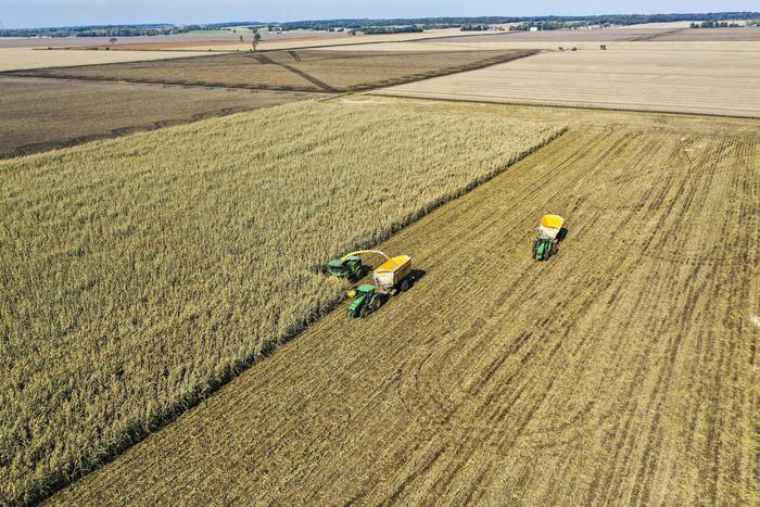 manovra-agricoltura.jpg